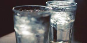 «Μύθος» πως κάνουν καλό στον οργανισμό μας 8 ποτήρια νερό -Γιατί επιστήμονες ισχυρίζονται ότι δεν ισχύει