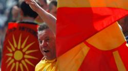 Καταρρέουν τα Σκόπια – Κίνδυνος για τα Βαλκάνια