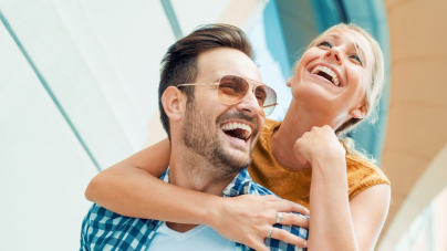 Τι θέλουν οι άντρες από μια σχέση; Αυτά είναι τα πιο βασικά στοιχεία που ψάχνουν στις γυναίκες