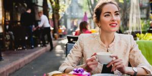 Γιατί οι γυναίκες δεν ενδιαφέρονται πλέον τόσο πολύ για το γάμο -Τι άλλαξε τα δεδομένα