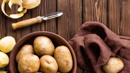 Τα 5 οφέλη που έχει η φλούδα της πατάτας -Μην την πετάτε