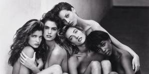Οι πιο εμβληματικές φωτογραφίες της μόδας σε δημοπρασία