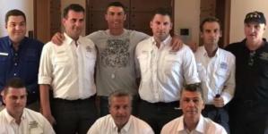 Μεσσηνία: Το πουρμπουάρ του Κριστιάνο Ρονάλντο – Τους «κούφανε» την τελευταία μέρα των διακοπών του [pics]