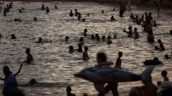 «Καμίνι που βράζει» η Ευρώπη από τον καύσωνα – «Κόκκινη προειδοποίηση» σε Ισπανία-Πορτογαλία [εικόνες]