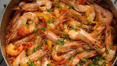 Γαρίδες σαγανάκι από τη Θεσσαλονίκη