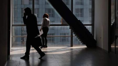 Το μαζεύουν: Δεν θα πληρώνονται 100 ευρώ μηνιαίως για το ασφαλιστικό