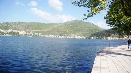 Π.Ε. Καστοριάς: Η Αλήθεια για τις Κυανοτοξίνες στη Λίμνη της Καστοριάς!