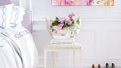 Μία καρέκλα μπορεί να μεταμορφωθεί σε ένα υπέροχο κομοδίνο!