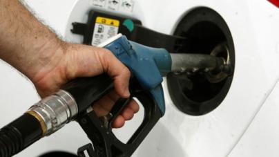Φωτιά στη βενζίνη, το πετρέλαιο και το υγραέριο κίνησης! Αυξήσεις ως και 12 λεπτά ως … plan b για τα έσοδα!