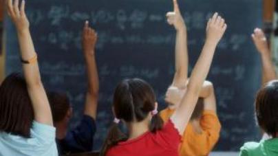 Νομικές κυρώσεις σε γονείς που δεν στέλνουν το παιδί τους σχολείο