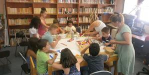 Ξέφρενο γλέντι υπόσχεται η Δημοτική Βιβλιοθήκη Καστοριάς στο Χριστουγεννιάτικο πάρτι την Παρασκευή