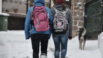 Καιρός: Ποια σχολεία θα παραμείνουν κλειστά και την Τρίτη