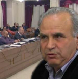 Εικόνα διάλυσης στην ομάδα Χατζησυμεωνίδη – Παραπαίει το δημοτικό συμβούλιο Καστοριάς