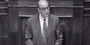 Το 1994 ο Κωνσταντίνος Μητσοτάκης προειδοποιούσε από τη Βουλή ότι η Ελλάδα θα προσφύγει στο ΔΝΤ [βίντεο]