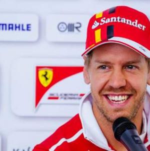 Formula 1: H Ferrari ανανέωσε με τον Φέτελ μέχρι το 2020