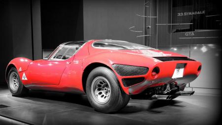 H εμβληματική Alfa Romeo 33 Stradale έκλεισε τα 50 [εικόνες]