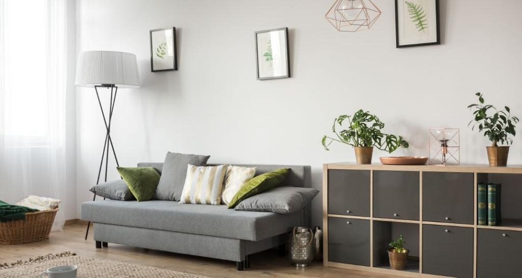 livingroom-570-1024x545.jpg