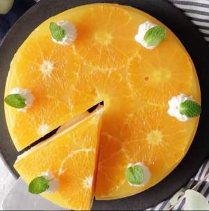 DIY: Φτιάξε την πιο λαχταριστή τάρτα με μους πορτοκάλι -βίντεο!