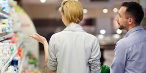 ΑΝΑΠΛΗΡΩΤΗ ΤΟΣΚΑ …..Ερευνα: Ετσι διασκεδάζουν πια οι Ελληνες – Πηγαίνουν… σούπερ μάρκετ!