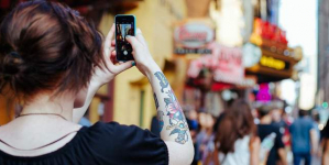 Ολο και λιγότεροι αγοράζουν «έξυπνο» κινητό -Αναβαθμίζουν το παλιό