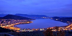 Αυξήθηκε κατά 85% η επισκεψιμότητα στην Καστοριά το φετινό Πάσχα