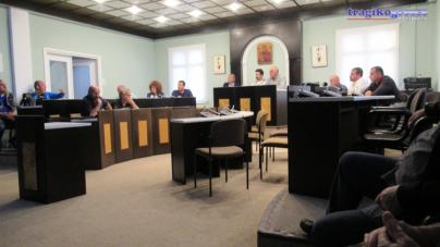 Συνάντηση με εντάσεις στο δημαρχείο Άργους Ορεστικού για την μεταφορά της λαϊκής αγοράς