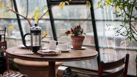 Αυτή είναι η κατάλληλη ώρα να πιεις καφέ το πρωί σύμφωνα με διατροφολόγους