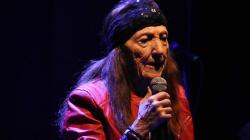 H 90χρονη Ελληνίδα Τζάνις Τζόπλιν αποδεικνύει πως όταν κάνεις αυτό που αγαπάς, είσαι πάντα νέα