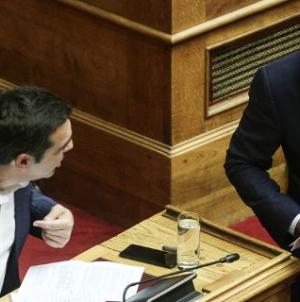 Public Issue: Δημοφιλέστερος πολιτικός ο Μητσοτάκης, βυθίζεται ο Τσίπρας