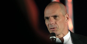 Ο Βαρουφάκης υποψήφιος για τις ευρωεκλογές στη Γερμανία