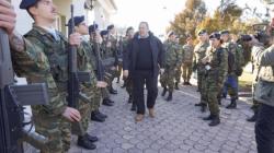 Καστοριά: Ο Π. Καμμένος σε φυλάκια για χριστουγεννιάτικες ευχές