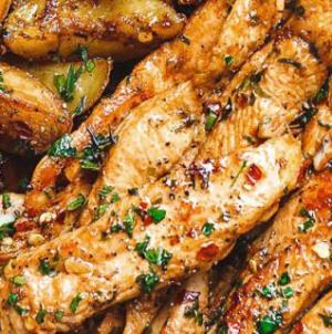 Κοτόπουλο σε λωρίδες, με σκόρδο