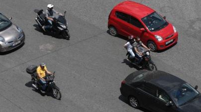 Δίπλωμα οδήγησης από τα 17 – Ολες οι αλλαγές στις εξετάσεις