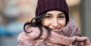 10 τρόποι για να παραμείνεις ζεστή όσο κρύο κι αν κάνει έξω