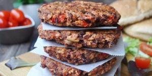 Μπιφτέκια vegan από φασόλια