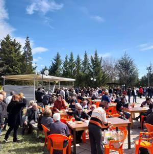 Κούλουμα στο Άργος Ορεστικό: Όλη η πόλη μια παρέα – Φωτογραφίες