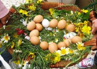 Σάββατο του Λαζάρου: Έθιμα από όλη την Ελλάδα, Κάλαντα, Λαζαρίνες και «λαζαράκια»