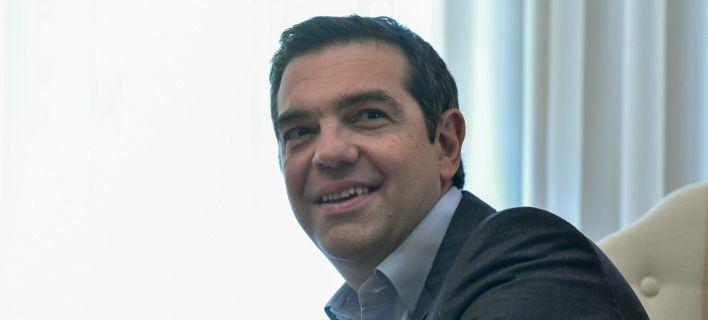 tsipras-xamogelastos-6-4-2019-708.jpg