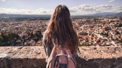 Ερευνα: Οι 10 προβληματικές συνήθειες των χρόνια δυστυχισμένων ανθρώπων