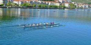 Καστοριά: Τα χόρτα στη λίμνη «πνίγουν» την Εθνική Ομάδα – «Ελάτε εδώ που μπορούμε» λένε τα Γιάννενα!