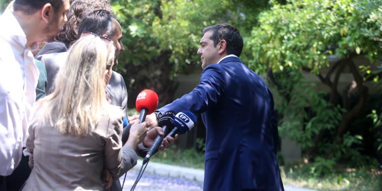 tsipras-ekso-maximou-diloseis1.jpg