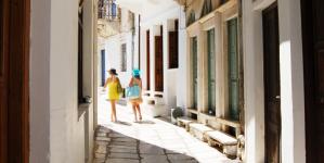 6 βήματα για να τη βγάλεις όσο πιο οικονομικά γίνεται στις διακοπές