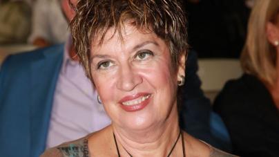 Λίτσα Διαμάντη: Σπάνια δημόσια εμφάνιση για την τραγουδίστρια των μεγάλων επιτυχιών