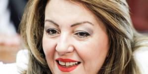 Ποια είναι η Μαρία Αντωνίου που ανέλαβε το γραφείο του πρωθυπουργού στη Θεσσαλονίκη -Μία κίνηση που επικρίθηκε
