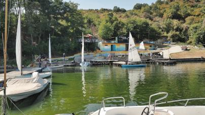 Η πρώτη Ρεγγάτα στην λίμνη της Καστοριάς (σειρά φωτογραφιών)