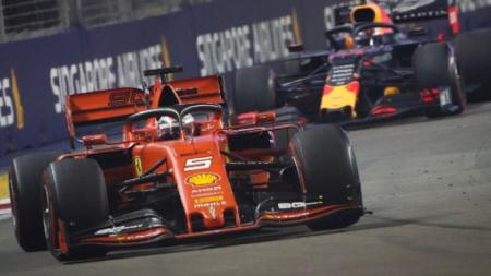 Formula 1: Το «1-2» η Ferrari στη Σιγκαπούρη -Νικητής ο Φέτελ