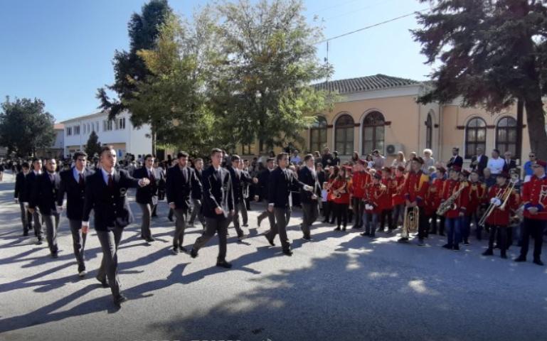 Screenshot_2019-10-29-Ολόκληρη-η-παρέλαση-της-28ης-Οκτωβρίου-2019-στο-Άργος-Ορεστικό.png