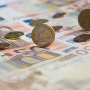 120 δόσεις: «Μπήκαν» στην ρύθμιση οφειλές πάνω από 4 δισ. ευρώ