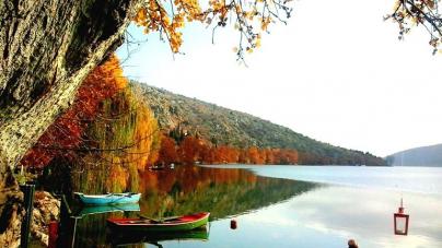Ανεπανάληπτης ομορφιάς η φθινοπωρινή Καστοριά (φωτογραφίες)