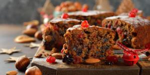 Συνταγή για χριστουγεννιάτικο κέικ με 3 υλικά